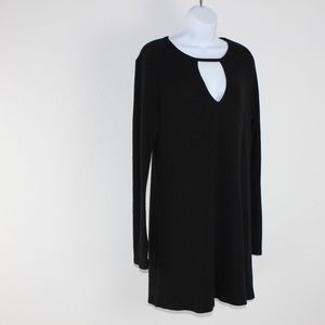 Black ribbed keyhole dress